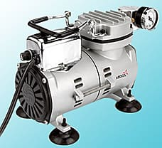 Connectors for vacuum pump